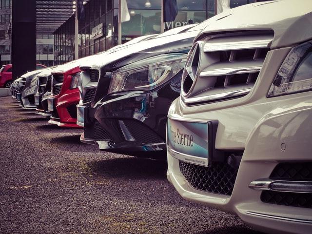 Des voitures hybrides