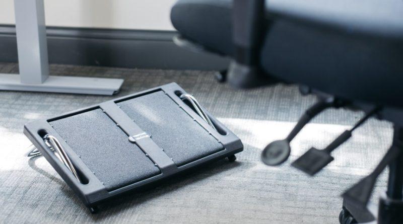 Repose pieds : l'accessoire qui va sauver vos journées de travail